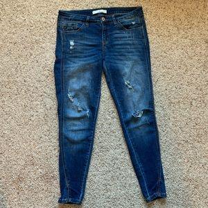 Kancan distressed skinny jeans ankle split hem